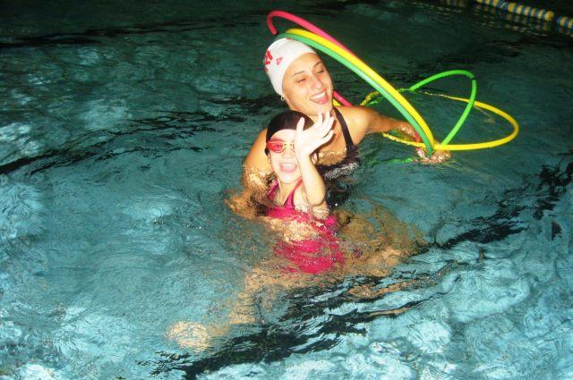 A importância das atividades recreativas na aula de natação infantil
