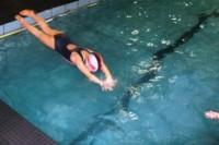 Como-a-aula-de-natação-ajuda-as-crianças-na-escola
