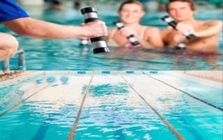 Natação ou hidroginástica: qual atividade aquática combina melhor com você